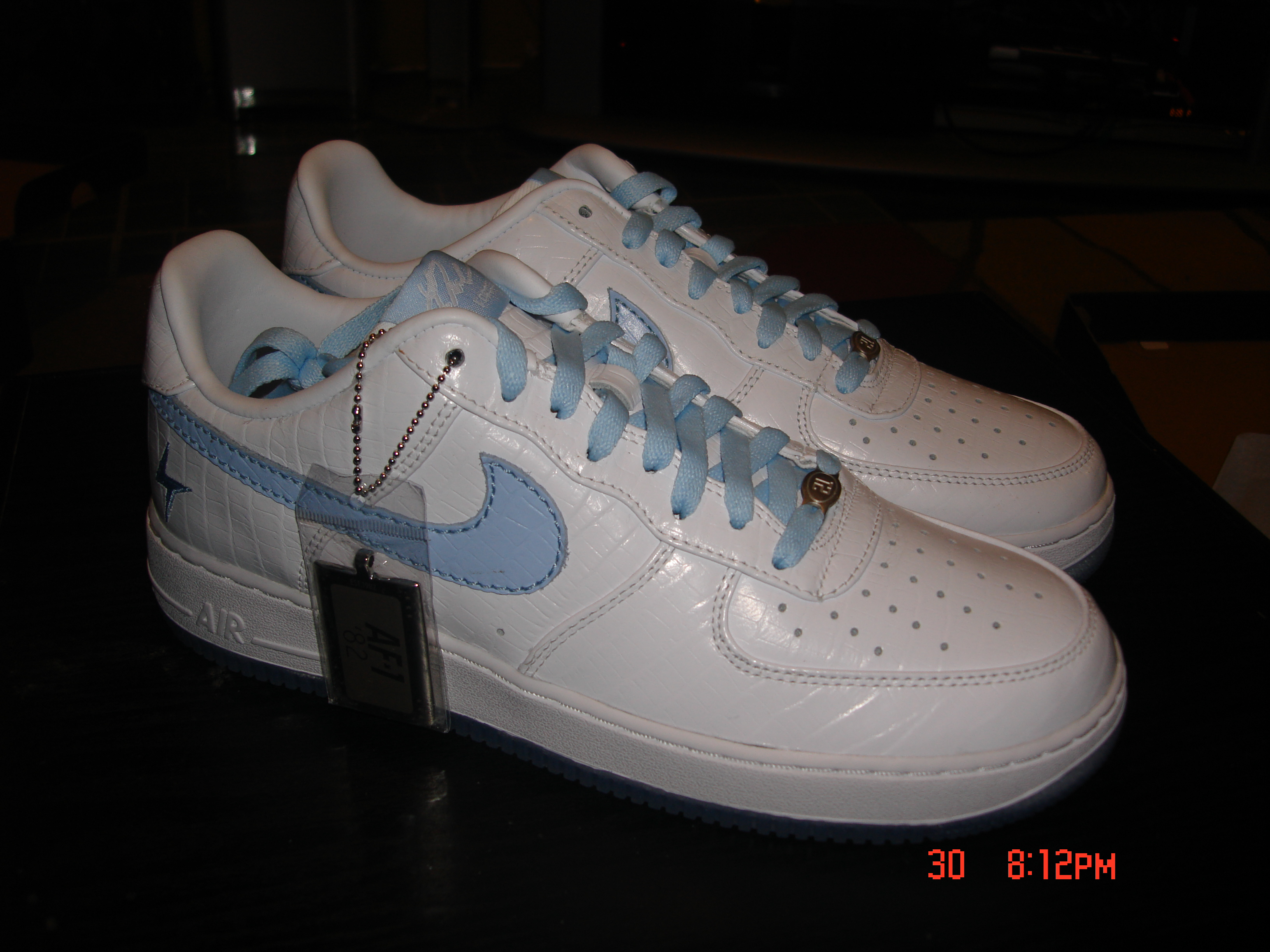 purchase cheap 3668e ba71f ... FOR SALE Ladainian Tomlinson 1World Air Force Ones Sizes 9 and 10.5 275  OBO ...